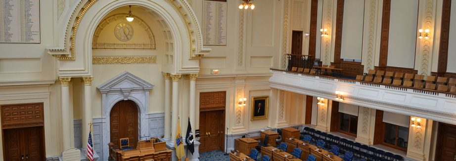 1024px-New_Jersey_State_House,_General_Assembly_chamber